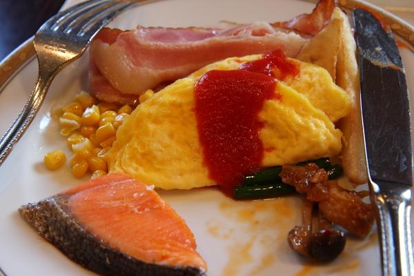 一早起來就先吃飯店的早餐,沒什麼特別就是自助吧